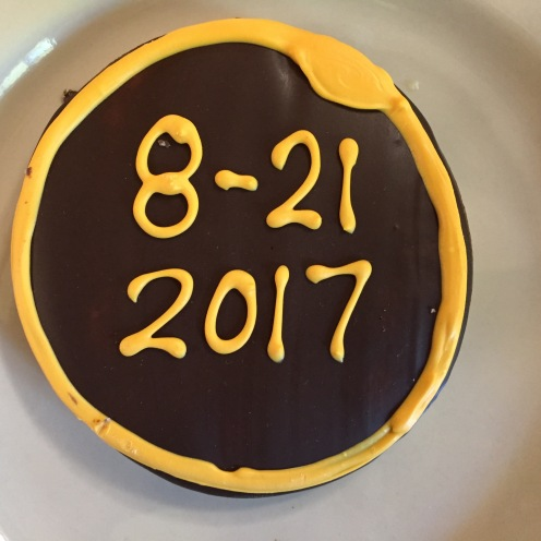 "Cookies in the Willamette U dining hall, depicting totality, with the ""diamond ring"" in the technically correct position for the end of totality."